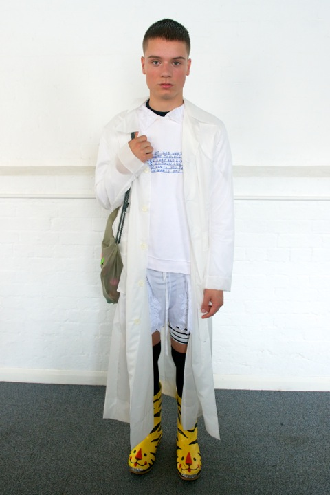 HERO MAGAZINE SS14 MEADHAM KIRCHHOFF CATWALK Look 1