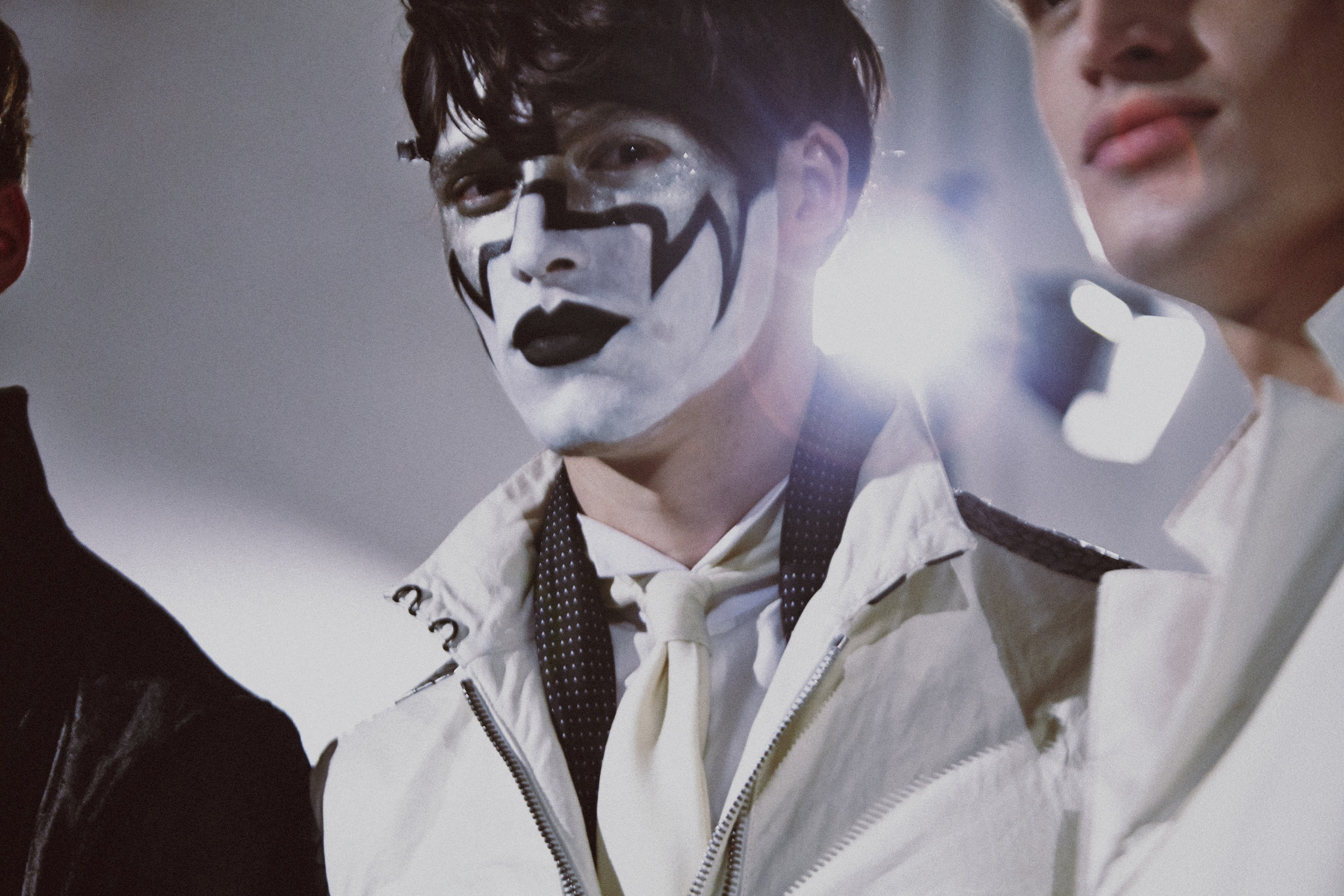 8 LCM AW14 HERO MAGAZINE VArvatos BACKSTAGE HARRY CARR FW14 Look