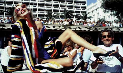 Jerry Hall and Helmut Newton, Cannes by David Bailey, 1983, David Bailey, HERO MAGAZINE WEEKEND COMBO FEBRUARY 2014 DALLAS BUYERS CLUB HOCKNEY BAILEYHERO MAGAZINE WEEKEND COMBO FEBRUARY 2014 800x442_BS1536LS
