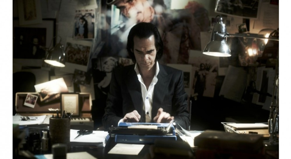 HERO MAGAZINE NICK CAVE 2000 DAYS ON EARTH FRONT
