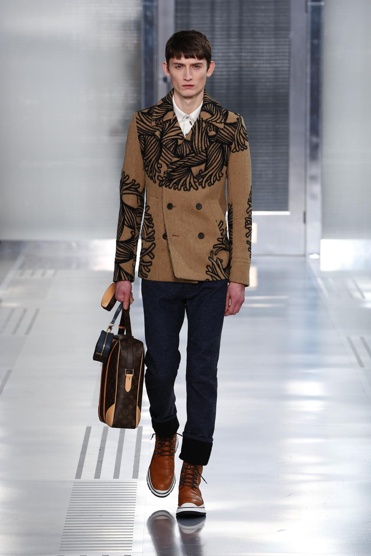 Louis Vuitton FW15 Look 1