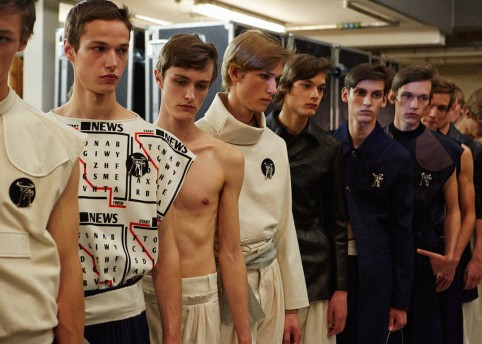 Backstage at J.W. Anderson SS16. Photography by Takanori Okuwaki