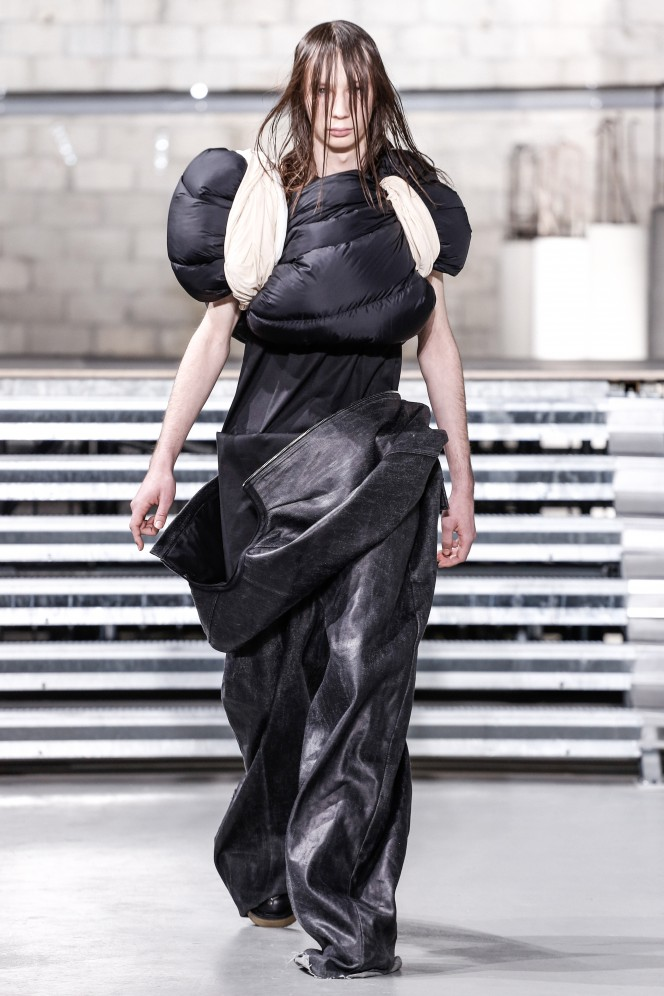 Rick Owens Menswear Fall Winter 2017 Collection in Paris  NYTCREDIT: Gio Staiano / NOWFASHION