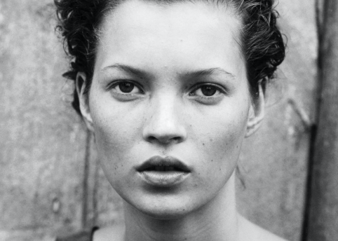 Kate Moss, 1994 Harper's Bazaar © Peter Lindbergh (Courtesy of Peter Lindbergh, Paris / Gagosian Gallery)