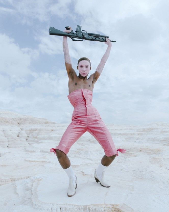 pink johannesburg Gareth Wrighton, styl Ib Kamara photog Kristin-lee Moolman