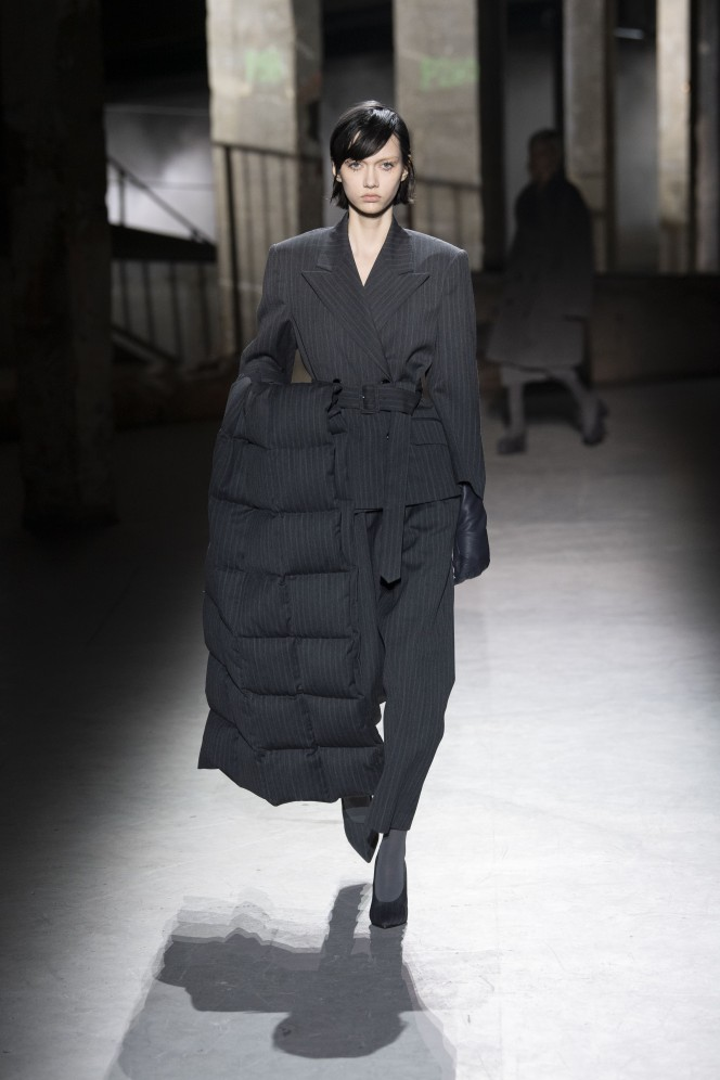 Model wears an outfit , as part of the women s ready-to-wear winter 2019 2020, women fashion week, Paris,  France, from the house of  Dries Van Noten