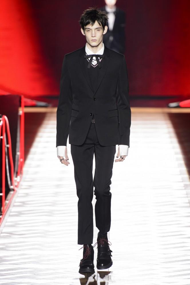Dior Homme –HERO–FW16-1