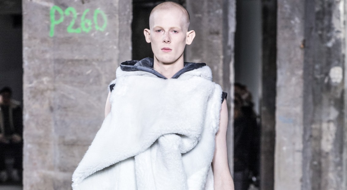 Rick Owens Fashion Show, Menswear Fall Winter 2016 Collection in Paris