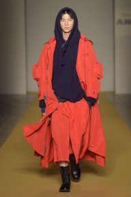 Mercedes-Benz presents Angel Chen_FW17_Look1