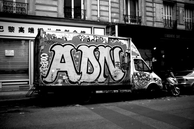 Taken from The Graffiti Trucks of Paris by Marc Vallée (Photo by Marc Vallée/marcvallee.co.uk) (c) Marc Vallée, 2016. All rights reserved.