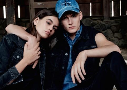 calvin-klein-jeans-mycalvins-S18-ad-campaign-01-kaia+presley-gerber_ph_willy-vanderperre