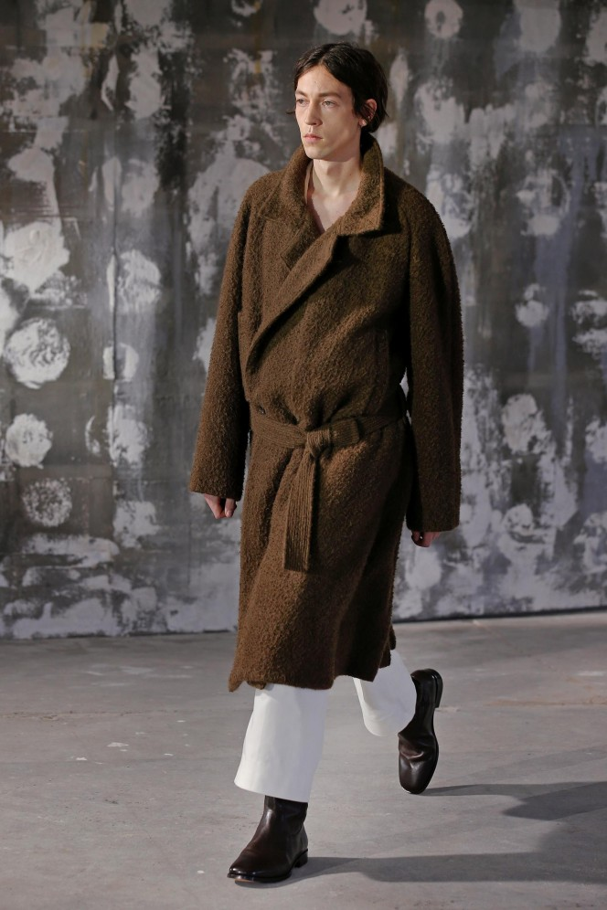 FW18M_Lemaire_look_01