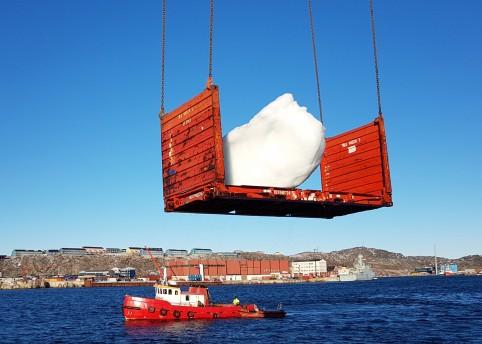 Above image: Harvesting ice at Nuuk Port and Harbour, Greenland Photo: Kuupik V. Kleist © 2018 Olafur Eliasson