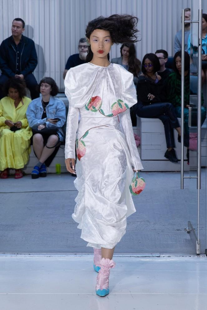 1948 LDN, Bateman's Row, London UK. 13th September 2019. Yuhan Wang Shows her designs at the Fashion East Spring Summer 2020 catwalk show. © Chris Yates