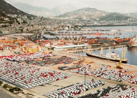 Andreas Gursky, Salerno I, 1990, courtesy the artist, © Andreas Gursky