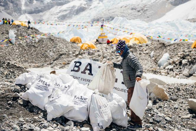 Bally Peak Outlook_Mount Everest_Clean Up (4).jpg